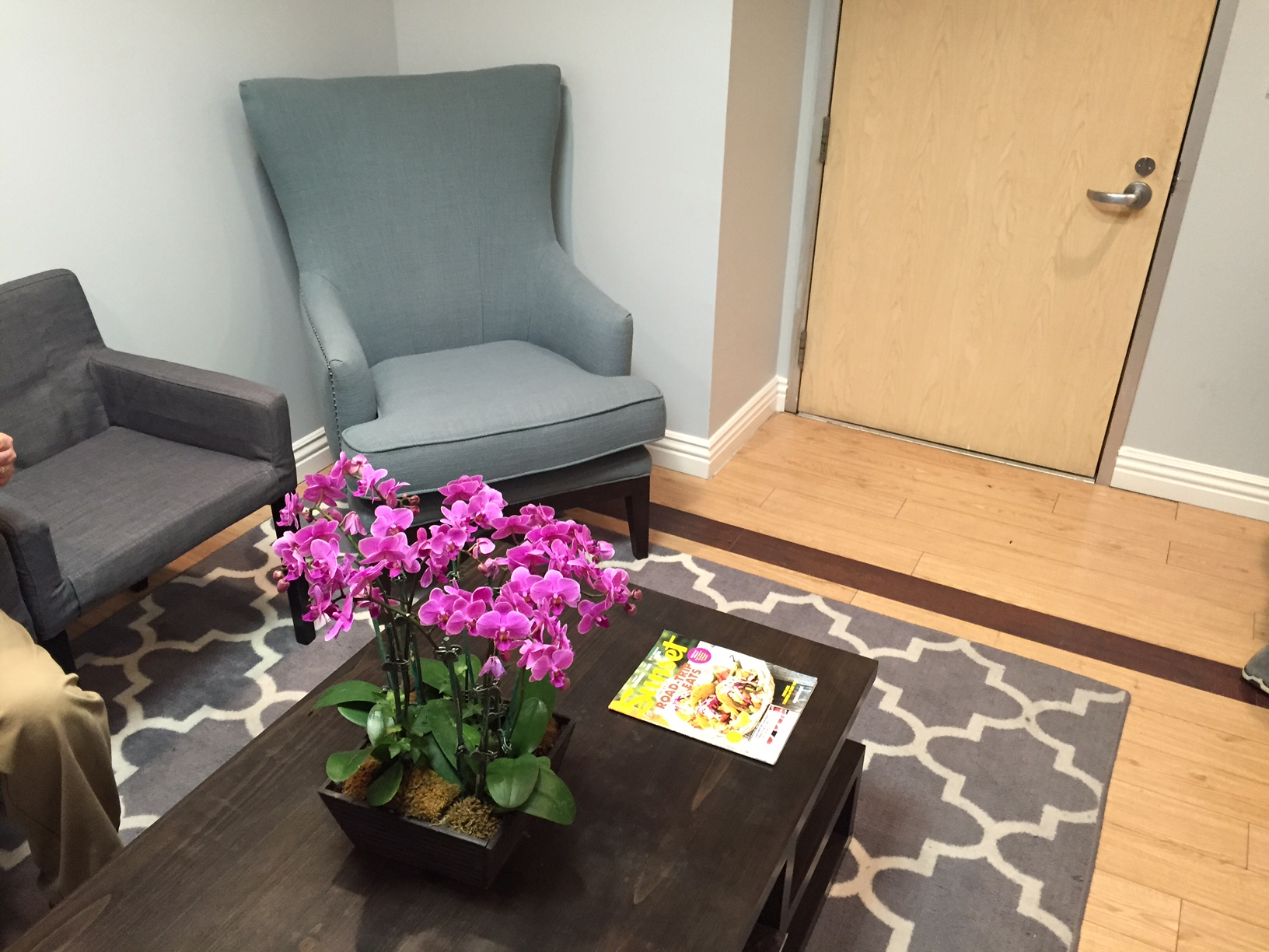 Beverly Hills Family Medicine Physician and Sports Medicine Waiting Room